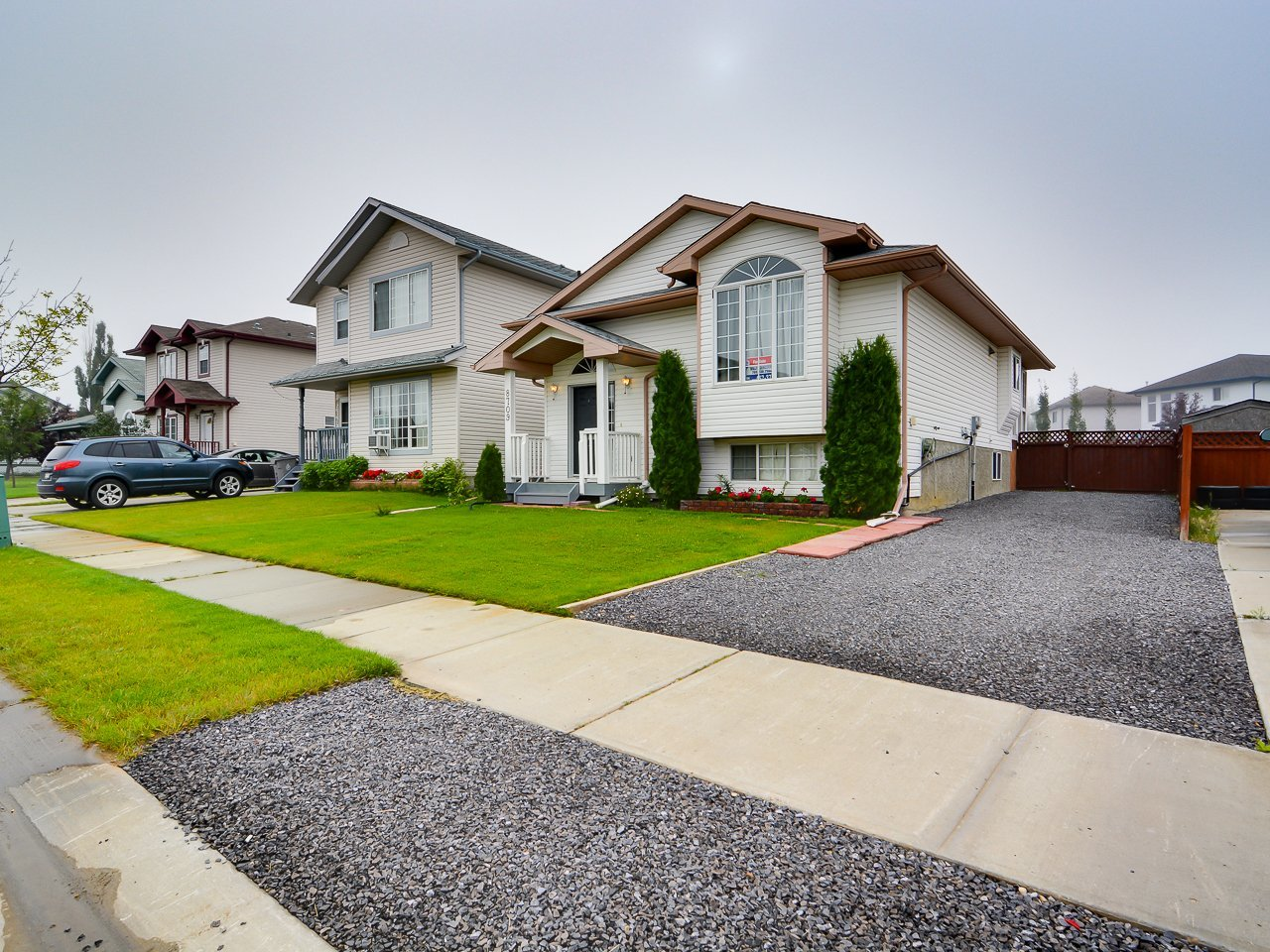 morinville homes for sale just listed 8709 99 avenue